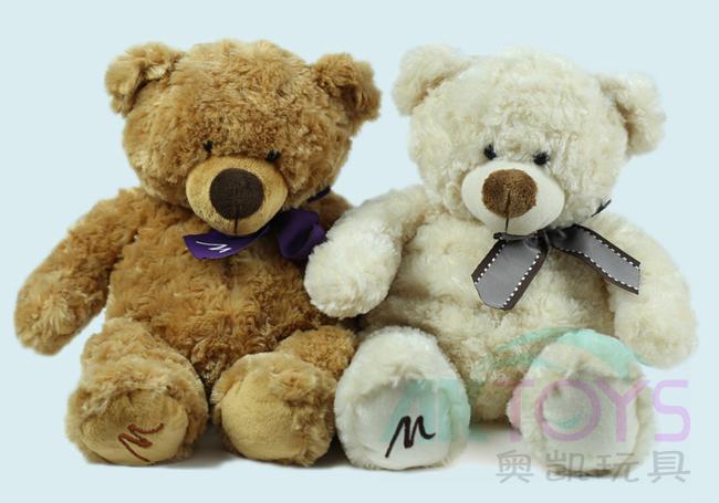蝴蝶结对熊