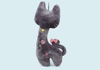 长颈猫咪抱枕