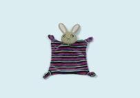 紫色兔子婴儿口水巾