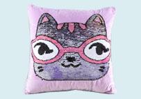 眼镜猫亮片毛绒抱枕