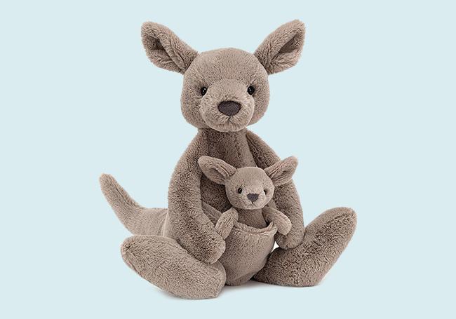 浅棕小袋鼠毛绒玩具