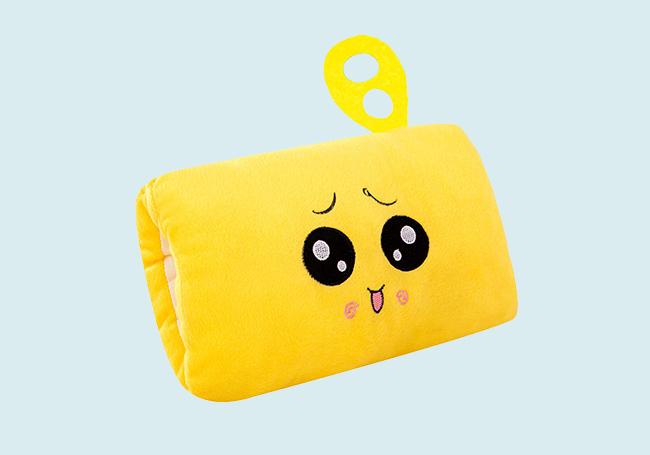 黄色表情暖手抱枕
