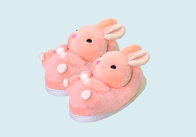 粉红兔兔毛绒拖鞋